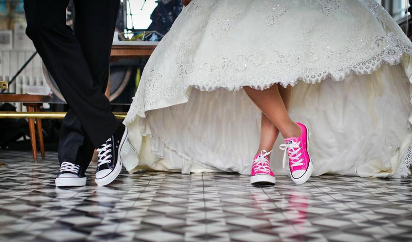 Tips on Choosing a Wedding Venue - The Hill Farm House